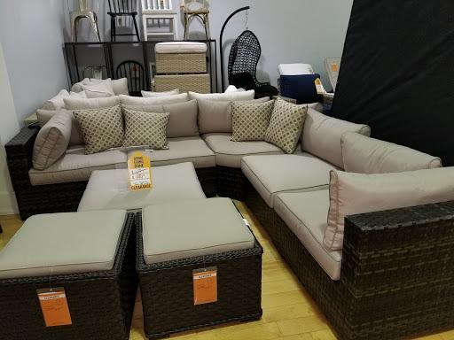 Furniture Store «American Signature Furniture», reviews and photos, 3001 Stonecrest Promenade, Lithonia, GA 30038, USA