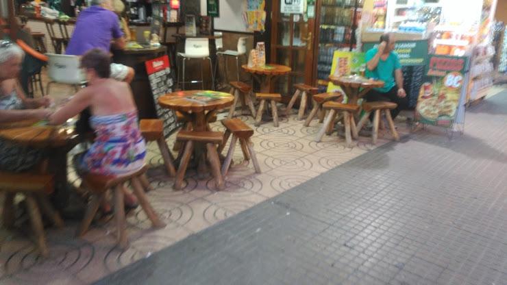 BODEGA LA TASCA C/ De La Riera, 48 Local 3, 17310 Lloret de Mar, Girona
