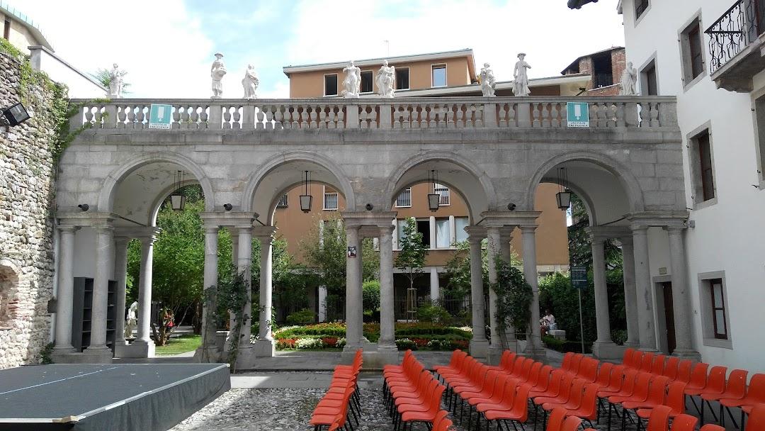 Palazzo Valvason Morpurgo