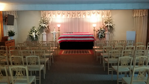Funeral Home Wilson Akins Reviews And Photos 17500 Fenkell Ave Detroit Mi