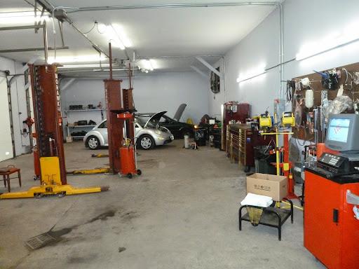 Auto Repair Shop «M & M Auto & Cycle Llc», reviews and photos, 268 Clove Rd, Montague Township, NJ 07827, USA