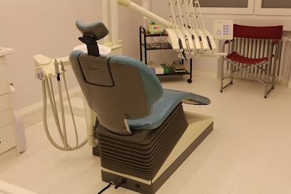 Centro Médico de Implantología y Cirugía Oral en Lugo