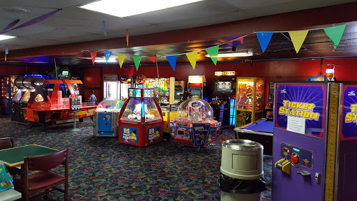 Bowling Alley «Bangor-Brewer Bowling Lanes», reviews and photos, 534 Wilson St, Brewer, ME 04412, USA