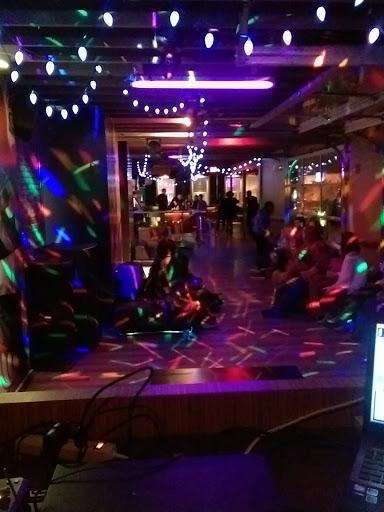 Lounge Anatomy Nightclub Ultralounge Reviews And Photos 1299 W
