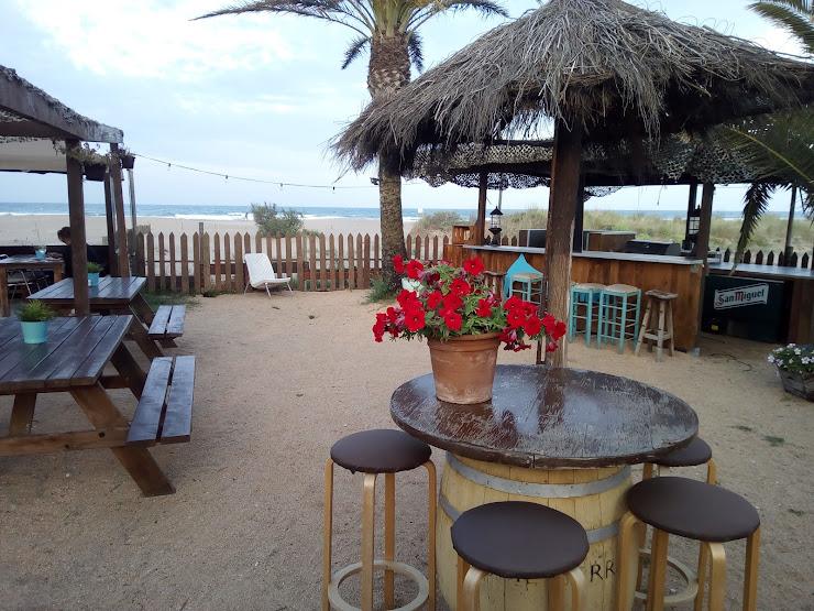 Marlin Beach Bar Beach 1, 17470 Sant Pere Pescador, Girona