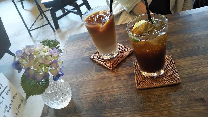 喫茶 新川屋