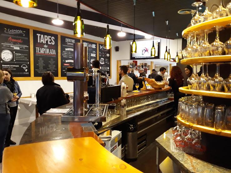 Restaurante Les Arcades Carrer de Girona, 29, 08402 Granollers, Barcelona