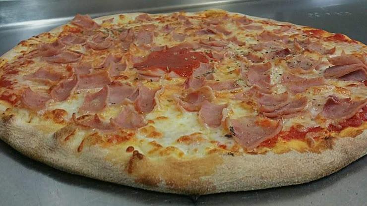Pizza City Pineda de Mar Carrer de la Justícia, 13, 08397 Pineda de Mar, Barcelona