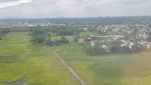 Park «Brookville Park», reviews and photos, 149 Ave & S. Conduit Ave, Springfield Gardens, NY 11413, USA