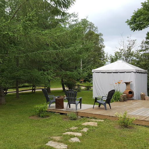 Campground Camping Du Grand Lac Noir in Wentworth-Nord (QC) | CanaGuide