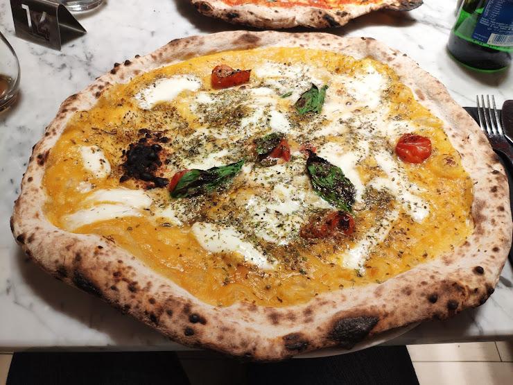 L'Antica Pizzeria Da Michele Barcelona Carrer del Consell de Cent, 336, 08009 Barcelona