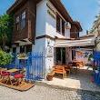 Siğacik Nossa Casa Pansi̇yon & Cafe