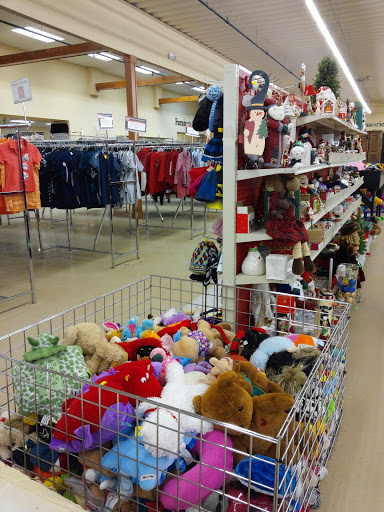 The Salvation Army Family Store & Donation Center, 1200 S Lapeer Rd, Oxford, MI 48371, Thrift Store