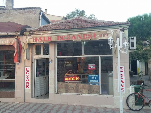 Halk Eczanesi