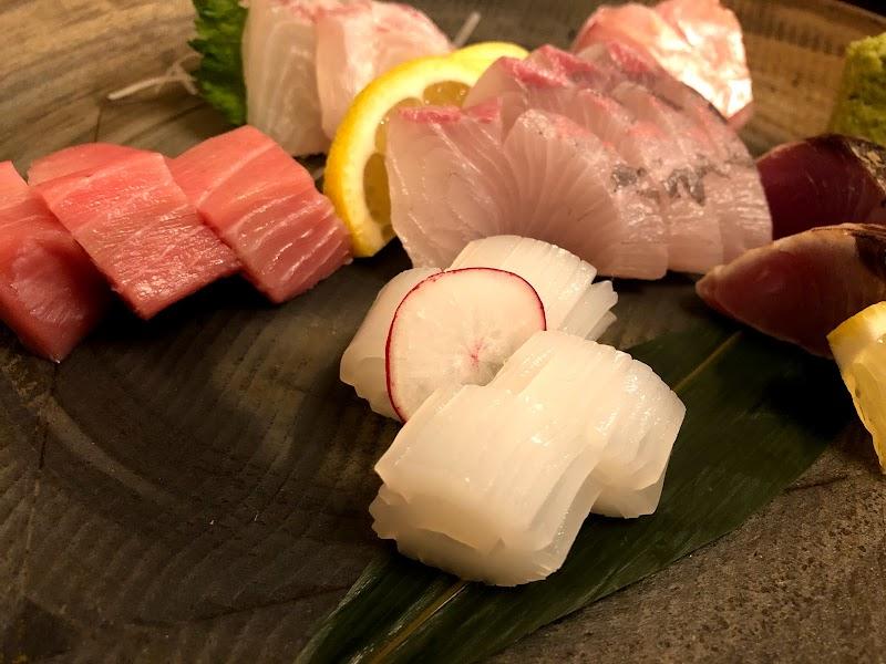 旬の鮮魚と魂の煮込み 照 博多口店