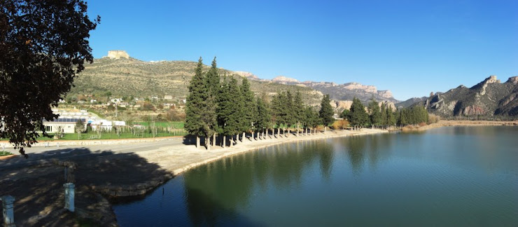 Camping la Noguera Partida la Solana, s/n, 25613 Sant Llorenç de Montgai, Lérida