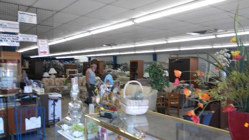 St Vincent de Paul Thrift Store, 601 E Hwy 50, Clermont, FL 34711, USA, Thrift Store