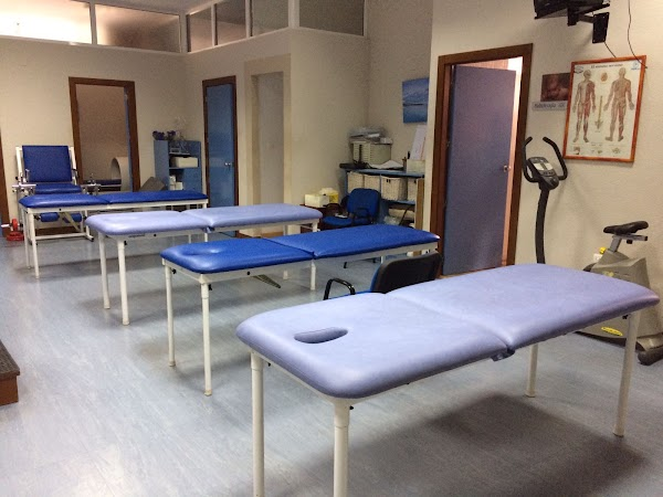 Clínica de Fisioterapia El Carmen. Chema López.