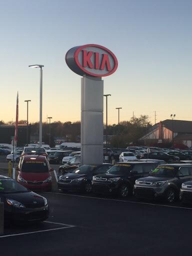 Car Dealer «Napleton KIA of Carmel», reviews and photos