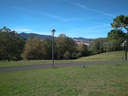 Jardines Palacio De ARTAZA