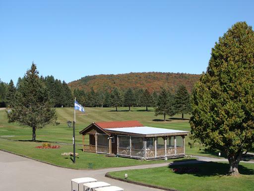 Golf Club de Golf Arundel à Arundel (QC) | CanaGuide