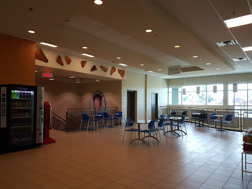Piscine Récréoaquatique Center Blainville à Blainville (Quebec) | CanaGuide
