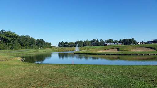 Country Club «Four Oaks Country Club», reviews and photos, 80 Meadow Creek Dr, Dracut, MA 01826, USA
