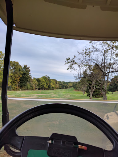 Golf Course «Loyal Oak Golf Course», reviews and photos, 2909 S Cleveland Massillon Rd, Norton, OH 44203, USA