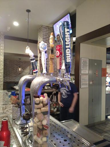 Sports Bar «643 Sports Bar», reviews and photos, 360 E 8th Ave, Bowling Green, KY 42101, USA