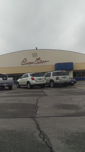 Bowling Alley «Plaza Lanes», reviews and photos, 2701 Douglas Ave, Des Moines, IA 50310, USA