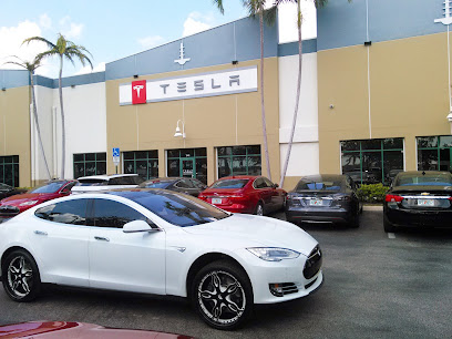 Car dealer Tesla