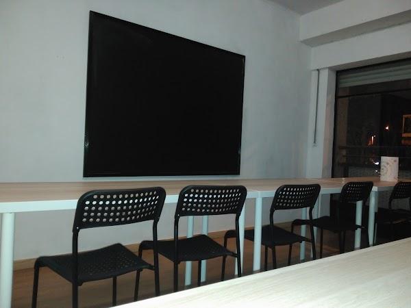 Academia Compartetusclases. Oposiciones y Clases Particulares