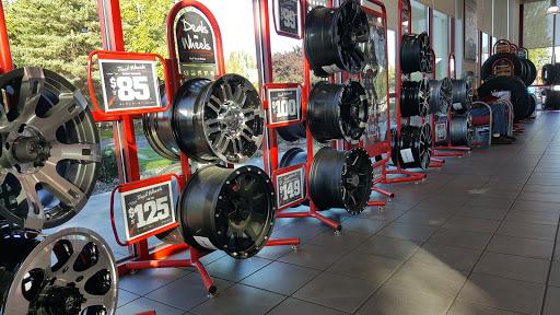 Tire Shop «Discount Tire Store - Hillsboro, OR», reviews and photos, 1800 SE Minter Bridge Rd, Hillsboro, OR 97123, USA