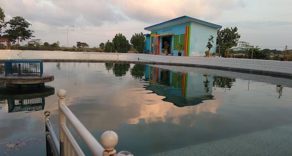 Banyu Biru Lowayu