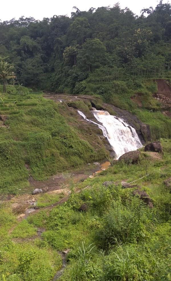 Air Terjun Batu Bobot