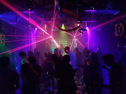 гей лесби клубы в москве