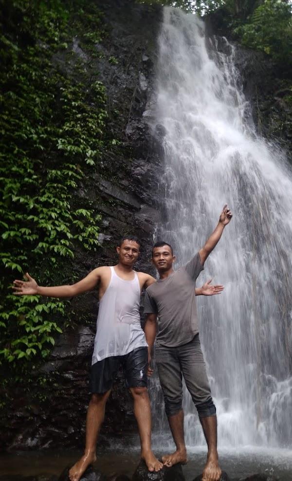 Air Terjun Curug Bandung