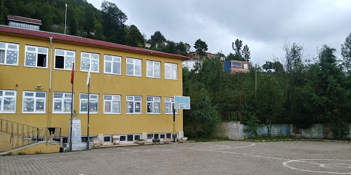 Muratcik Şehit Resul Sekmen Ortaokulu