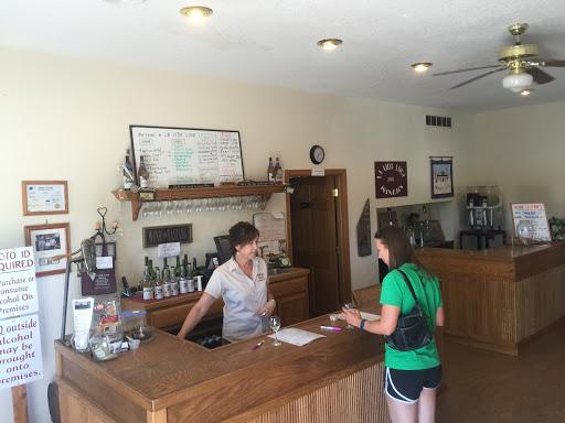Winery «La Vida Loca Winery», reviews and photos, 7852 Jesup St, Indianola, IA 50125, USA