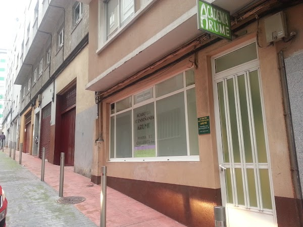 Academia de Enseñanza Arume S. L.