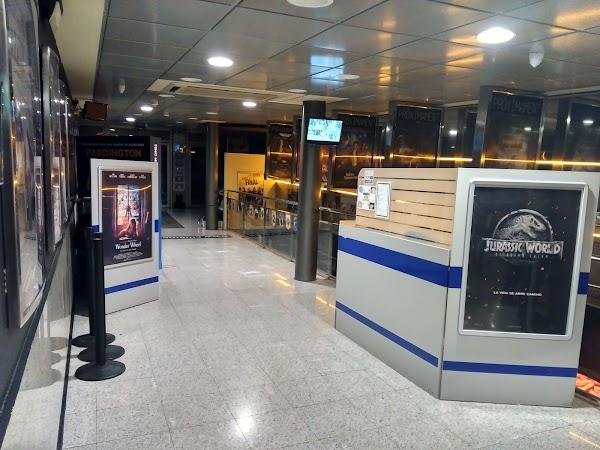 Cines Albéniz Centro