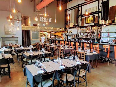 La réserve table et vin