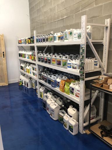 Garden center Aquagro Garden Supply in West Kelowna (BC) | LiveWay