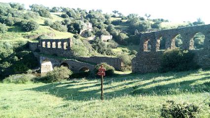 Acueducto Del Convento De La Luz