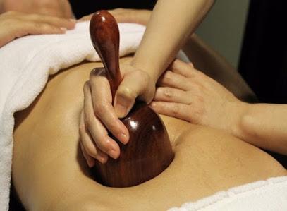 imagen de masajista QuiroSalud