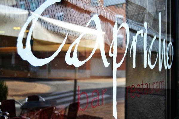 Restaurante Capricho Carrer de Mossèn Àngel Rodamilans, 208, 08222 Terrassa, Barcelona