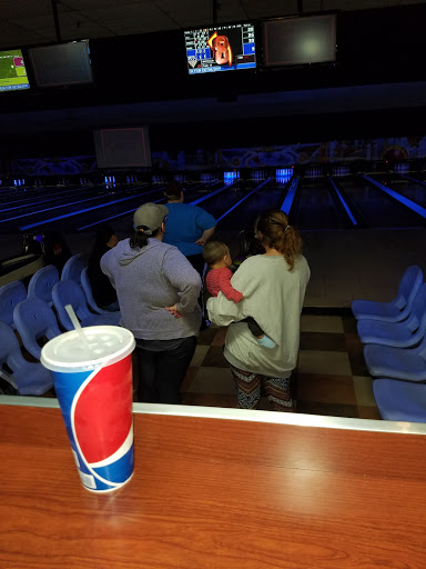 Bowling Alley «AMF Chicopee Lanes», reviews and photos, 291 Burnett Rd, Chicopee, MA 01020, USA