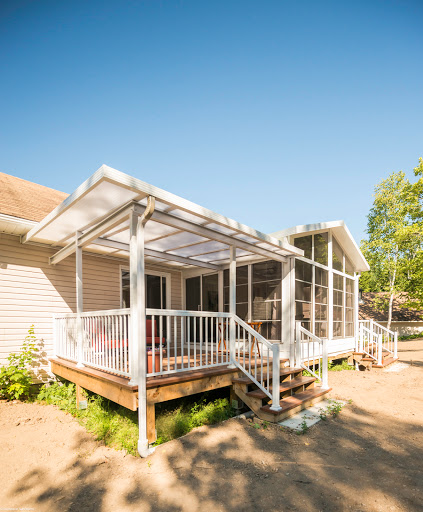 Deck Builder Distinctive Sunrooms & Patio Enclosures Ltd in Douglas (NB) | LiveWay