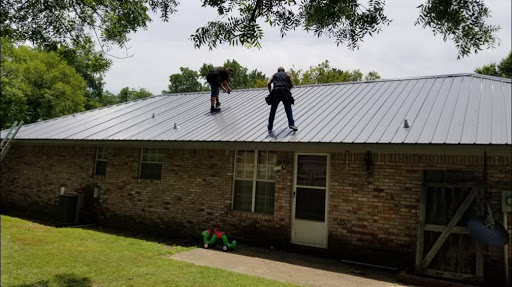 Rockin R Roofing in Paris, Arkansas