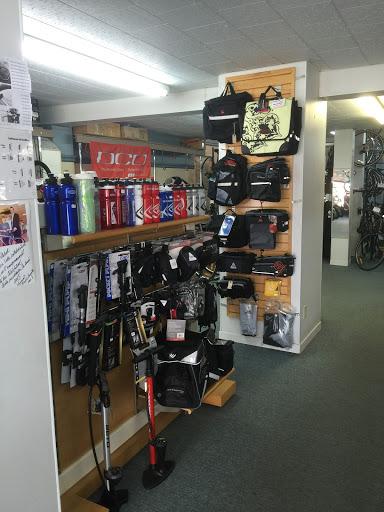 Motorcycle Parts Atelier Du Vélo Victo Ouverture le 1er Mars 2021 in Victoriaville (QC) | AutoDir
